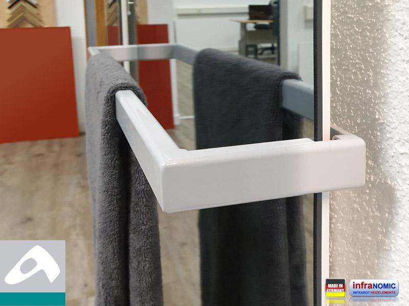 Ir Spiegelheizkörper Rahmenlos mit Handtuchhalter